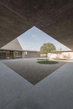 #positivenegativespace #naturallight bayer und strobel architekten / aussgenungshalle ingelheim, ingelheim am rhein