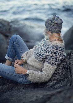 """Steinkriger"" (Stone Warrior) Norwegian Sweater < pattern by KatrineHDesigns / et Fair Isle Knitting Patterns, Fair Isle Pattern, Sweater Knitting Patterns, Knit Patterns, Knitting Gauge, Hand Knitting, Norwegian Clothing, Norwegian Knitting, Nordic Sweater"