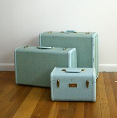 by johnnyvintage, to die for aqua vintage luggage Vintage Suitcases, Vintage Luggage, Vintage Travel, Vintage Love, Retro Vintage, Vintage Items, Vintage Stuff, Vintage Green, Vintage Decor