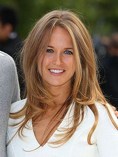 Kim Sears her hair is to die for