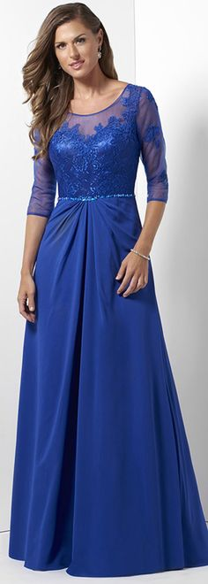 Modest Tulle & Chiffon Scoop Neckline A-line Mother Of The Bride Dresses With Lace Appliques