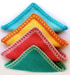 Try Tunisian Crochet with this easy washcloth tutorial by My Poppet! Make them with Lion Brand Kitchen Cotton! Tunisian Crochet Patterns, Knit Or Crochet, Crochet Crafts, Crochet Projects, Free Crochet, Knitting Patterns, Washcloth Crochet, Wash Cloth Crochet Pattern, Crochet Dishcloths Free Patterns