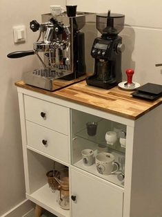 Hacks Ikea, Ikea Kallax Hack, Coffee Bar Home, Coffee Bar Design, Ikea Furniture, Furniture Makeover, Sweet Coffee, Ikea Kitchen Storage Cabinets, Shoe Cabinets