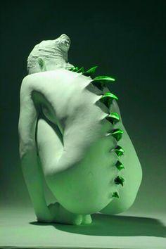 Chica dragón verde
