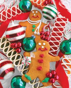 Holiday Treats, a 1000 piece jigsaw puzzle by Springbok Puzzles.