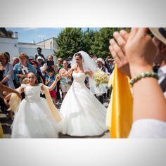 Pizzica - Matrimonio in Puglia - Alberobello   www.marcoangius.com  #marcoangius #photography #wedding #escusivo #Puglia #bride #sposa #dress #fotografo #matrimonio #alberobello #weddingphoto #Festa #luxury #italy #uscitachiesa #weddingphotographer #atmosfera #foto #weddingplanner #weddinginit