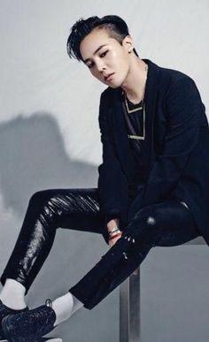 "fckyeahgdragon: G-Dragon X Guiseppe Zanotti [Behind The Scenes] Via: Joey_GD "" Daesung, Vip Bigbang, 2ne1, Moda G Dragon, Got7, G Dragon Fashion, Rapper, Big Bang Kpop, G Dragon Top"