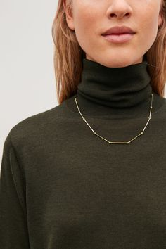 MID-LENGTH LINK NECKLACE - Gold - Necklaces - COS