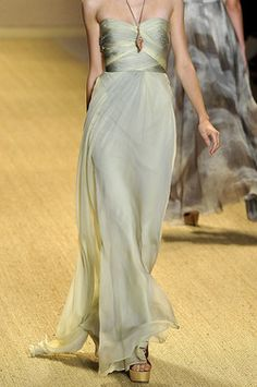 Monique Lhuillier...OMG! Love this!!
