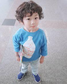 Korean Babies, Sons, Butterfly, Style, Fashion, Korean Beauty, Cute Babies, Bebe, Moda