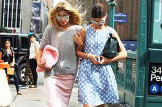 Colori pastello e fantasie a pois regalano quel tocco bon ton irresistibile | New York Fsshion Week Street Style| 20130912
