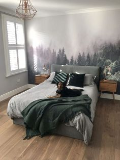 Hauptschlafzimmer From boring beige to forest chic - master bedroom before and after Chic Master Bedroom, Master Bedroom Design, Modern Bedroom, Bedroom Small, Master Bedrooms, Master Master, Master Bedroom With Wallpaper, Bedroom Wallpaper Modern, 60s Bedroom