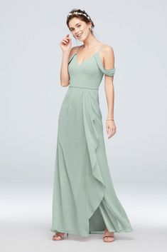 Searching for stunning plus size bridesmaid dresses for your bridal party? View David's Bridal expansive collection of elegant plus size bridesmaid dresses in great colors and styles! Davids Bridal Bridesmaid Dresses, Bridesmaid Dress Colors, Lace Bridesmaids, Junior Bridesmaids, Bridesmaid Ideas, Wedding Dresses, Chiffon Dress Long, Draping, Shoulder