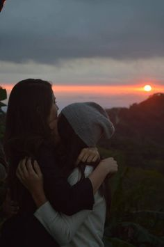 Watch the sunset together