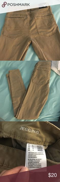 Tan American Eagle Jeggings Only worn once. Size 0 tan American Eagle jeggings. American Eagle Outfitters Pants Skinny