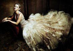 Kate Moss vestida por Oscar de la Renta