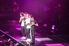 Harry Styles,Louis Tomlinson,Zayn Malik,Liam Payne, and NIALL HORAN!!!!!!!!!!!!!!!!!!!!