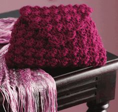 20 Free Patterns for One Skein Projects You Can Complete Before Christmas |