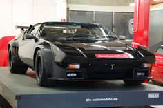 Looking for the De Tomaso Pantera of your dreams? There are currently 15 De Tomaso Pantera cars as well as thousands of other iconic classic and collectors cars for sale on Classic Driver. Lamborghini, Maserati, Longchamp, Pantera Car, Dream Cars, Old Sports Cars, Car Racer, Modified Cars, Hot Cars