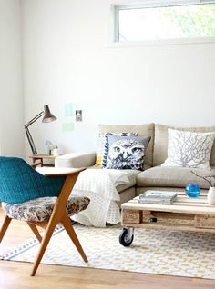 love the armchair and the palet DIY coffee table