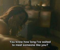 Sans le savoir je t'ai attendu toute ma vie. Maintenant que je t'ai trouvé je suis partagée entre l'envie de ne plus perdre une seconde et de vivre avec toi le plus vite possible et l'attente patiente que tu entres complètement dans ma vie, parce que tu as besoin d'encore un peu de temps. Je saurai attendre, quelques semaines ne sont rien au regard des années passées. Mais le temps passe vite mon Amour, trop vite. XO my Beloved ❤️