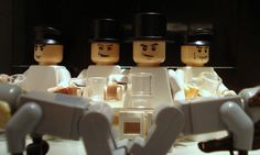 Famous Movie Scenes Created Out of Lego. Alex Eylar is a 21 year-old artist from Oakland, California who creates famous movie scenes using Lego bricks. Lego Film, Lego Tv, Lego Movie, Famous Movie Scenes, Famous Movies, Iconic Movies, Stanley Kubrick, Pulp Fiction, A Clockwork Orange