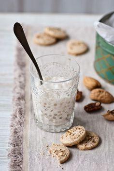 this sounds really yummy - coconut tapioca pudding and cardamom pecan cookies. i love coconut.
