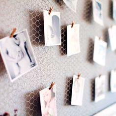 Estas #minipinzas son ideales para colgar tus #fotos por tu dormitorio ^_^ Encuentralas en nuestra #tiendaonline www.differentshop.es/mini-pinzas/24-mini-pinzas.html