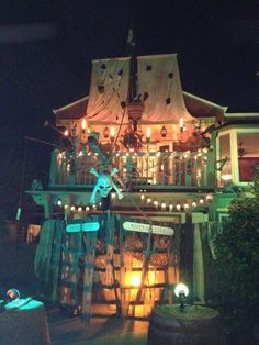 Pirate haunted house!!