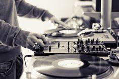 #Vinyl #Turntables #ClassicMixing