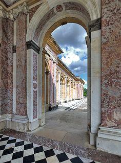 Grand #Trianon - #Versailles, France 1687 Jules Hardouin #Mansart architect