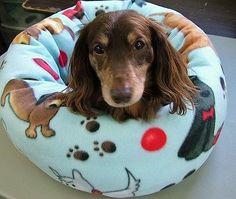 "Fleece ""Donut"" Dog Bed Handcrafted"