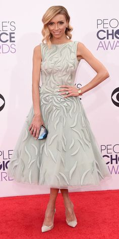 People's Choice Awards Red Carpet, People's Choice Awards 2015: Giuliana Rancic in Tony Ward dress with Gianvito Rossi shoes, a Rauwolf clutch, Carla Amorim earrings, an Eva Fehren ring, and a Luna Rossa ring.