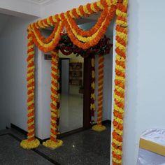 Desi Wedding Decor, Wedding Hall Decorations, Marriage Decoration, Backdrop Decorations, Balloon Decorations, Wedding Ideas, Door Flower Decoration, Home Flower Decor, Flower Decorations
