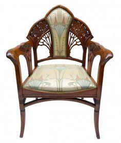Art Nouveau Chair ca.1900 — with Beate Punk.