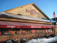 I love working at Nature's Bin in Lakewood, OH. I've worked there since 2006!