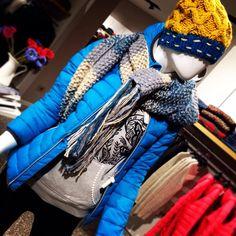 Fa freddo??? Noi ci copriamo con colori vivaci!!!! #AST #Surkana #LTBjeans