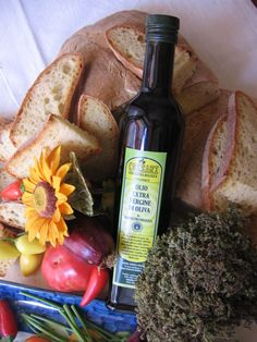 Terre di Zefiro ...the colour, the taste ... Italian Rustic Organic Olive Oil