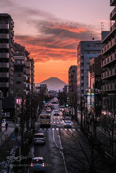 "Dusk of Tokyo in Japan  "" Mt.fuji by k8island #architecture #building #architexture #city #buildings #skyscraper #urban #design #minimal #cities #town #street #art #arts #architecturelovers #abstract #photooftheday #amazing #picoftheday"