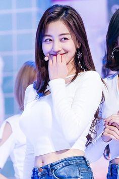 Nayeon, Korean Girl Groups, South Korean Girls, Extended Play, Jihyo Twice, Dahyun, One In A Million, Asian Woman, Kpop Girls