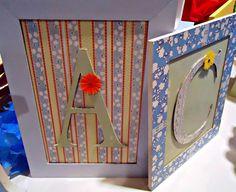 Cuadro decorado con laminas Herminia Devoto, letras estampadas en papel