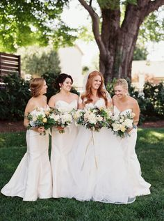 Photography : Cassidy Carson Photography Read More on SMP: http://www.stylemepretty.com/2016/11/07/rustic-elegant-nashville-wedding/