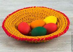 Купить БЛЮДО плетеное из трикотажной пряжи иглами - желтый, блюдо для яиц, блюдо для фруктов