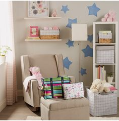 Welcome your little one with sweet prints, neutral textures and storage solutions from Thirty-One Gifts that fit any space. Thirty One Baby, Thirty One Totes, Thirty One Gifts, 31 Party, Thirty One Business, Thirty One Consultant, Nursery Organization, Girl Nursery, Nursery Ideas