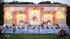 Engagement Stage Decoration, Wedding Hall Decorations, Desi Wedding Decor, Wedding Set, Dream Wedding, Reception Stage Decor, Wedding Stage Design, Wedding Reception Backdrop, Indian Wedding Stage