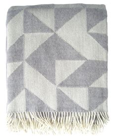 Get a chance to win a Twist-a-twill blanket by liking https://www.facebook.com/foldoys
