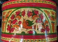 Птица .Бо́рецкая роспись — русский народный художественный промысел, роспись по дереву. Существует с XVIII века.