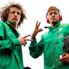David Luiz and Neymar Neymar Jr, Love You Babe, Football Is Life, Soccer Stars, Best Player, Fifa World Cup, Soccer Players, Fc Barcelona, Messi
