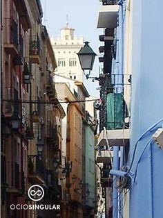Calles con un color especial. Calle de San Agustín. Cerca del Centro de Historias.
