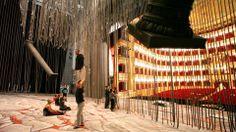 Stamattina prova in #palcoscenico per la #Taskforce circense di #Aida: l'#Egitto di #Leonori (scene) e #Dragone (regia) si popola dei personaggi immaginati dallo showmaker italo-belga combinando acrobatica ed effetti speciali.   E voi, siete pronti per quest'opera spettacolare?